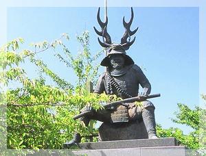 本多忠勝の銅像